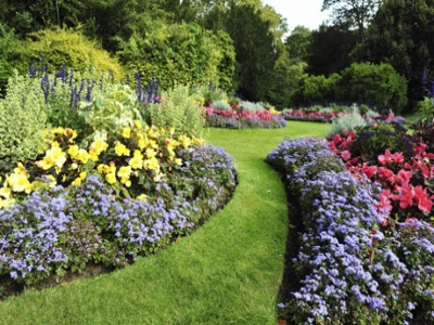 10889_460__gardens