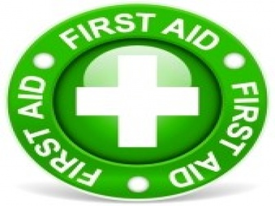 21782343-first-aid-sign-green-version