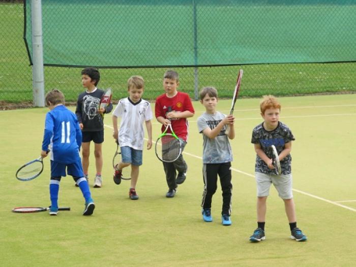 Img_5753  Tennis club