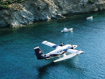 Seaplane lands near Corfu