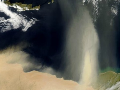 Dust storms over the Med