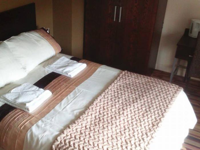 G & D bedroom