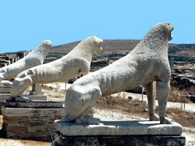 Lion statues on Delos island