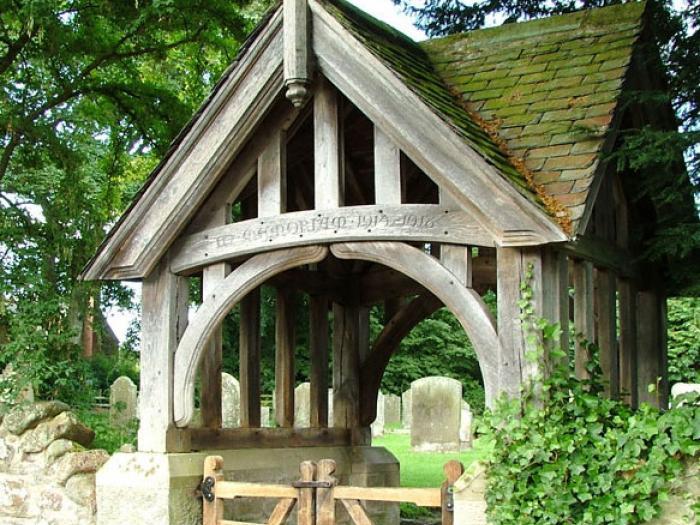 Lych-gate-Ingram-church