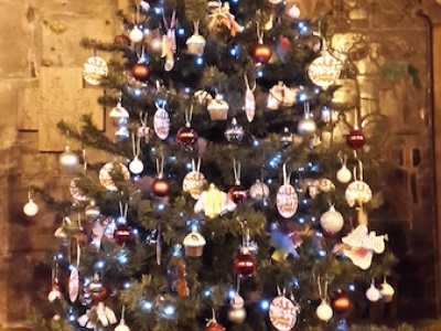 Messy & Cafe Church Tree @ St Chads- 2015 004