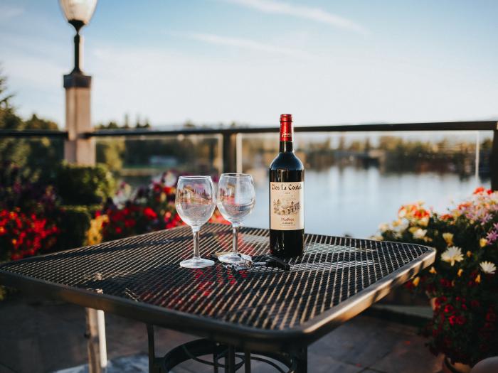 wine, alcohol, restaurant